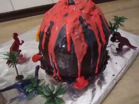 vulkan torte mit dinosaurier und palmen geburtstags torte youtube. Black Bedroom Furniture Sets. Home Design Ideas