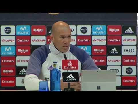 REAL.M - Zinédine Zidane «JE NE FAIS PAS TOURNER POUR FAIRE PLAISIR»