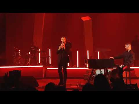 Ready To Go - first song at Hurts live in...