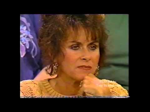 SYLVESTER STALLONE ON DONAHUE 1990 Part 1