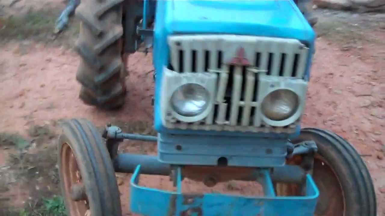 1969 Mitsubishi D2300 tractor