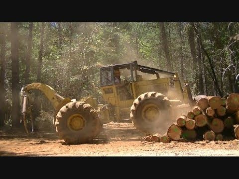 Cat 518 Grapple Skidder - Logging another Load