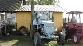 1. traktor T-40