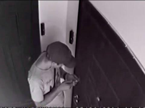Видео домушников. Вскрытие вором двери отмычками при сигнализации 8 серия.