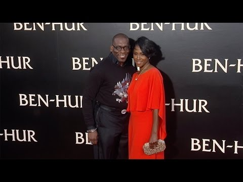 "Tweet & Jamal Bryant ""Ben-Hur"" Los Angeles Premiere Red Carpet"