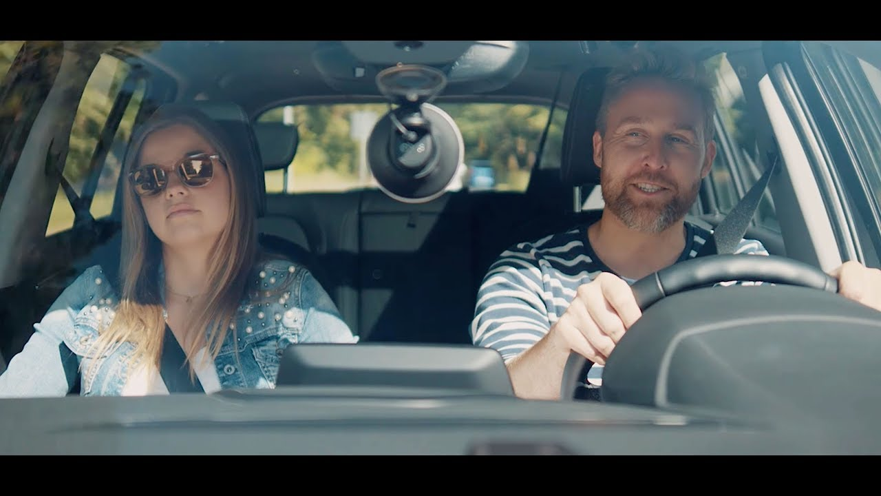 Video: Chris, der Sprachassistent fürs Auto (Kurzversion)