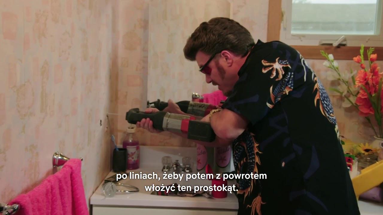 Chłopaki z baraków - Ricky montuje wieszak