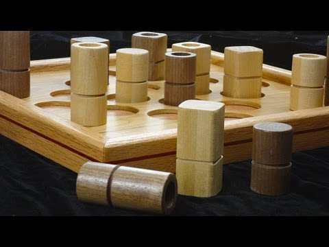 How to play Quarto, the board game