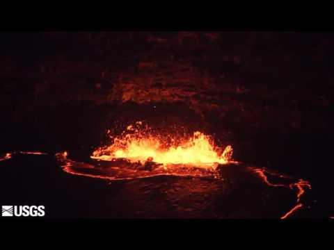 Lava spattering at Halemaumau