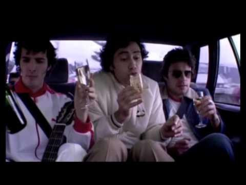 Flight of the Conchords - The road to Edinburgh Festival Fringe - The Living Room