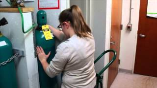 Replacing Gas Cylinders