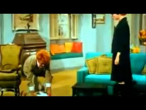 The Lucy Show S05E07 - Lucy Gets A Roommate - Watch Comedy Series Online