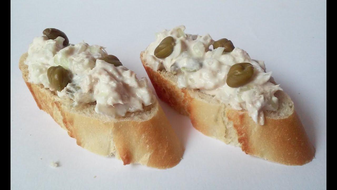 Queso de untar con at n cebolla y alcaparras youtube for Canape de pate con cebolla caramelizada