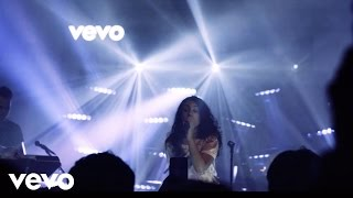 Video Alessia Cara - Scars To Your Beautiful (Vevo Presents) download MP3, 3GP, MP4, WEBM, AVI, FLV Maret 2018