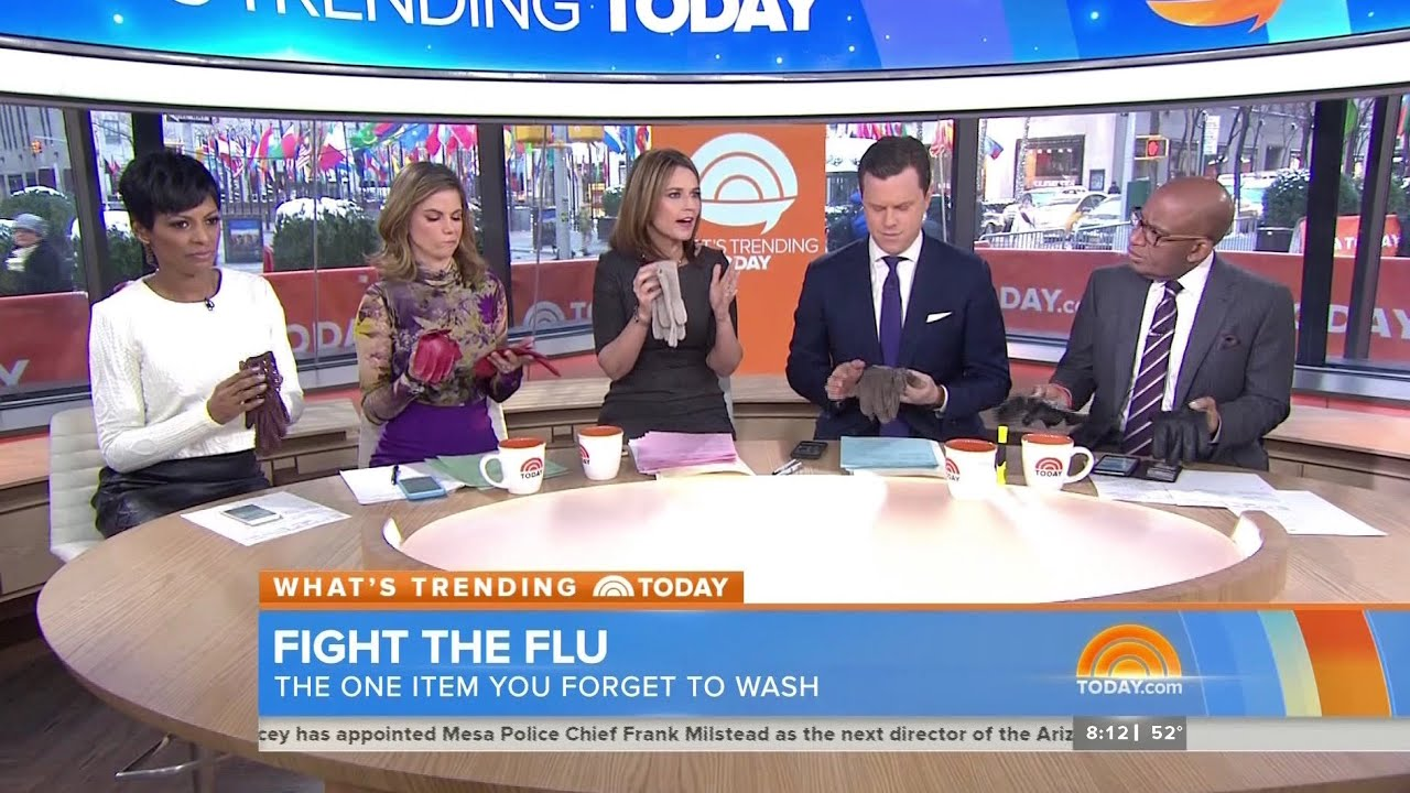 Today Show Hosts showing their leather gloves - 28-Jan ...
