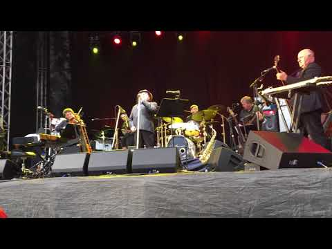 Van Morrison - Baby please don´t go, Don´t start crying now, Got my mojo working, Gothenburg 2018
