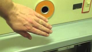 Как японцы моют руки в унитазе