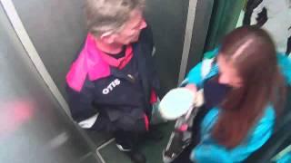 лифт скрытая камера-фо3