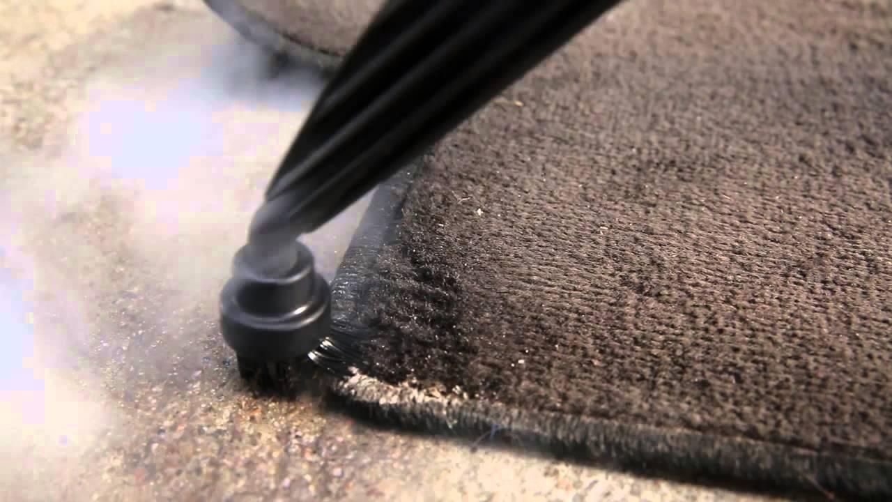 comment nettoyer un tapis de voiture avec un nettoyeur vapeur