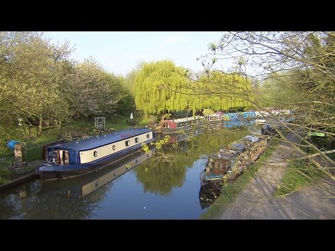 London residents find cheaper housing on narrow boats