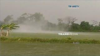 Video Detik-detik Kemunculan Angin Puting Beliung Terekam Kamera Warga download MP3, 3GP, MP4, WEBM, AVI, FLV Agustus 2018