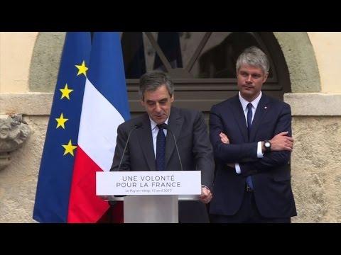 François Fillon en campagne au Puy-en-Velay, lieu de pèlerinage