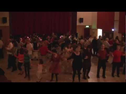 Seattle Balkan Dancers Kafana Republik - Pavle Mi Pie...
