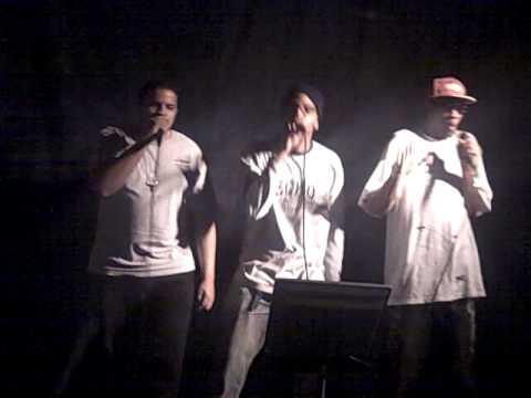 """Karaoke Underground- """"Thong Song"""""""