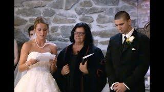 Невеста на своей свадьбе видит бывшую жену жениха и просит её встать со своего места