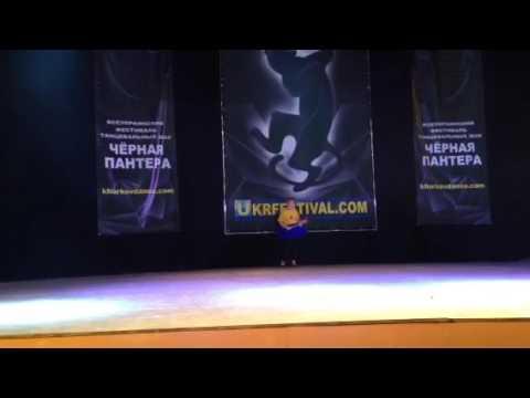 Смотреть клип Джаз-фанк ( танцуем джазфанк).Школа танцев джаз-фанк онлайн бесплатно в качестве