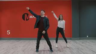 Как парню танцевать  в клубе с девушкой .10 движений для тех, кто хочет гармонично выглядеть в паре.