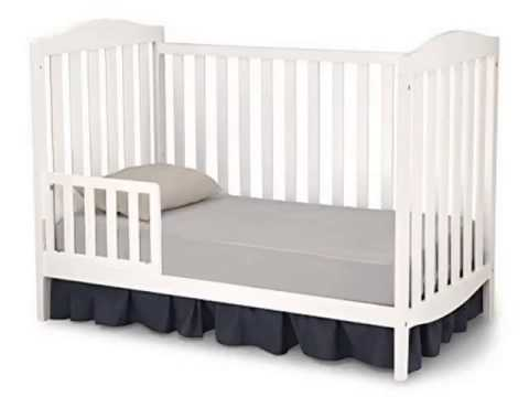 Check Delta Children Capri 3 in 1 Crib, White Deal