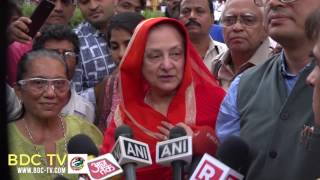 WATCH Saira Banu Dilip Kumar 39 s recovery a