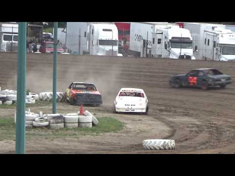 4 Cylinder Heat Race #1 at Mt. Pleasant Speedway, Michigan on 08-04-2017.