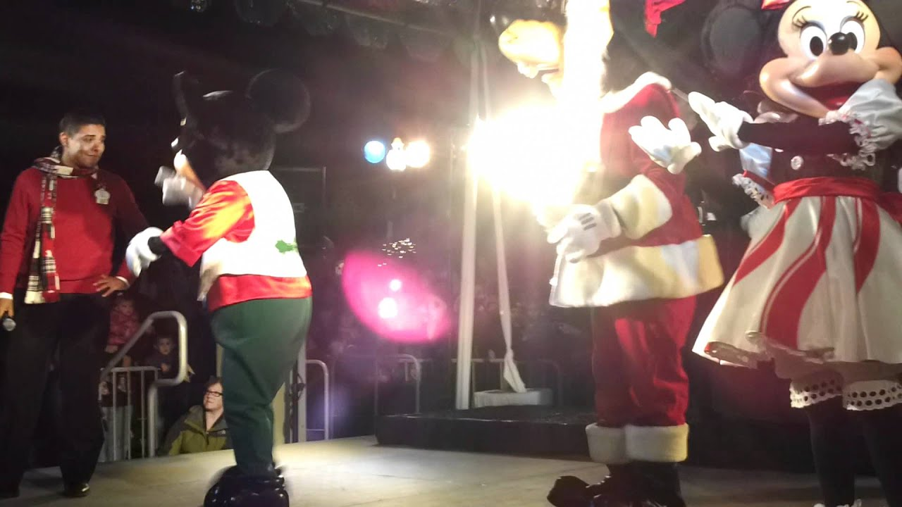 Disney Characters at the Pier 39 Tree Lighting Celebration in San Francisco - YouTube & Disney Characters at the Pier 39 Tree Lighting Celebration in San ... azcodes.com