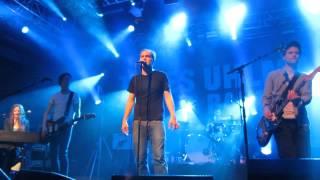 Thees Uhlmann - Zerschmettert in Stücke (Im Frieden der Nacht) (9.11.2013 @ Arena Wien)
