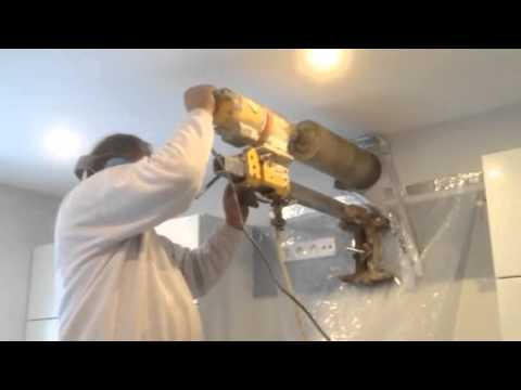 Travaux vacuation hotte 01 youtube for Hotte aspirante evacuation exterieure