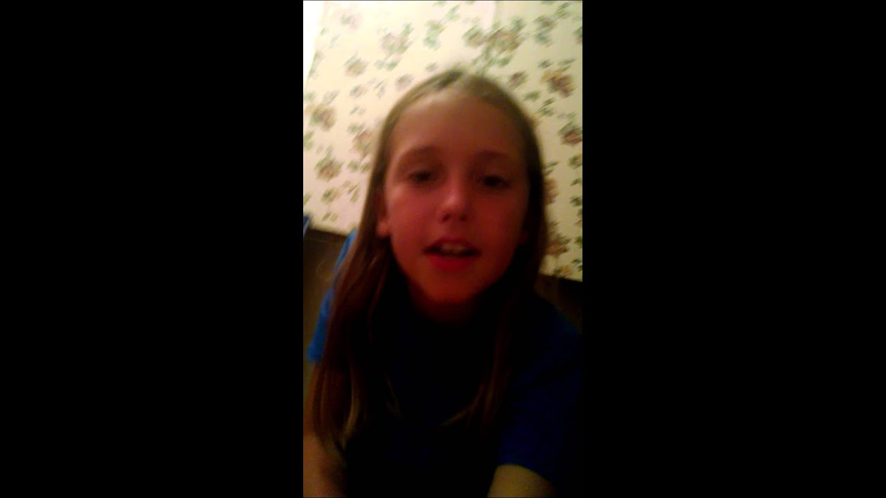 Sitting on the toilet by my little girl - YouTube