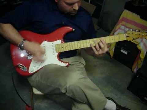 BEAUTIFUL VINTAGE ARIA PRO II FULLERTON ELECTRIC GUITAR