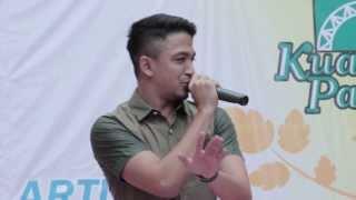 Repeat youtube video Sleeq feat Joe Flizzow - Tepi Sikit | Kuantan Parade