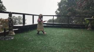 UNSCHOOLING: Nymue dancing in the rain