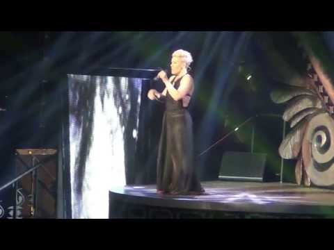 P!NK - Just Give Me A Reason - Sweden, Globe Arena, 26/5 2013