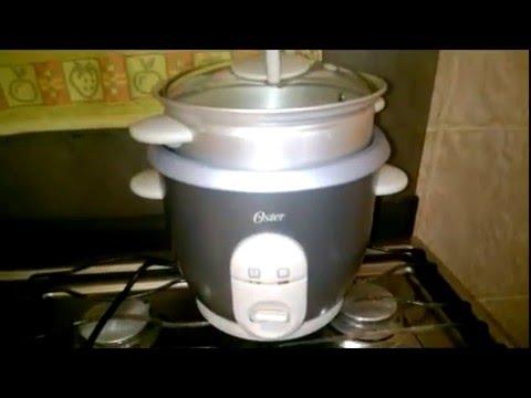 ac6220d33 Panela de arroz Oster cozinhando arroz - YouTube
