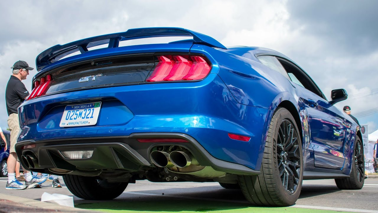 Ford Mustang Custom Exhaust