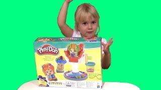Play-Doh Crazy Cuts Сумасшедшие прически(Little Polly Играет в Play-Doh Crazy Cuts Сумасшедшие прически. Делаем красивые прически прикольным человечкам. Дети..., 2015-10-26T14:03:24.000Z)