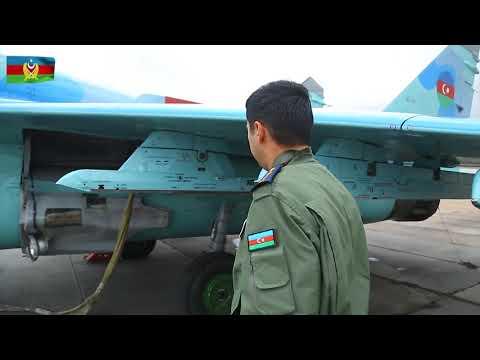 MiQ-29 və Su-25 təyyarələrinin ekipajları ilə taktiki-uçuş təlimi keçirilib