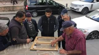 Грузины играют в нарды