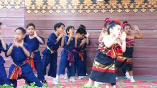 การแสดงอนุบาล 3/3 อีสาน..โฮแซว  โรงเรียนโสมาภา นวมินทร์