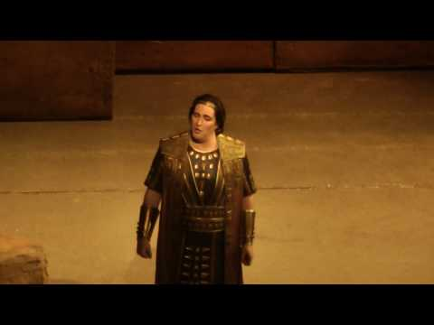 "Riccardo Massi ""Celeste Aida"" Met 2017"