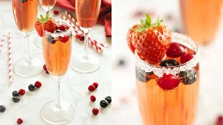 Sparkling Winter Berry Holiday Cocktail Recipe